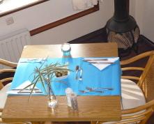 Hotelkamer tafel